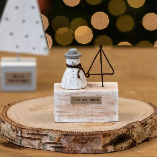 'Let It Snow' Small Wooden Scene