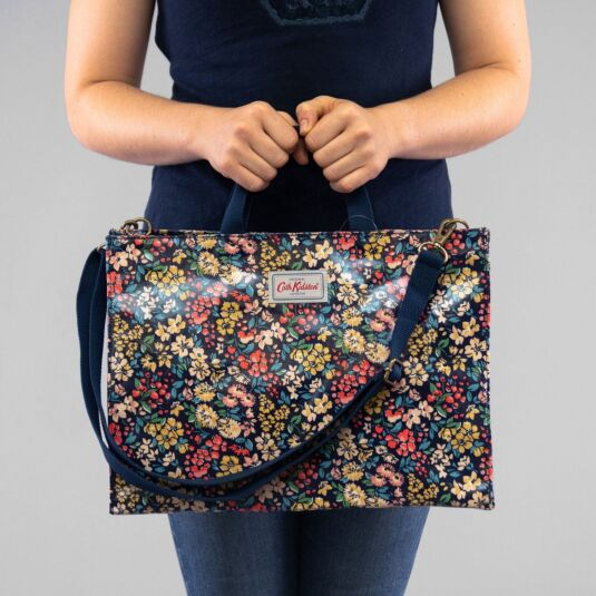 Flower Meadow Strappy Carryall