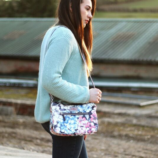 Rhododendron Curve Cross Body Bag