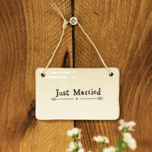 'Just Married' Porcelain Sign
