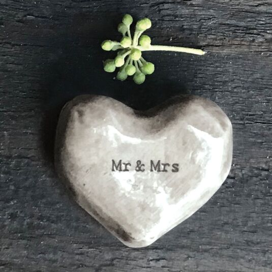 'Mr & Mrs' Heart Token