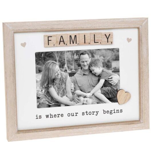 Scrabble 'Family' Sentiments Frame