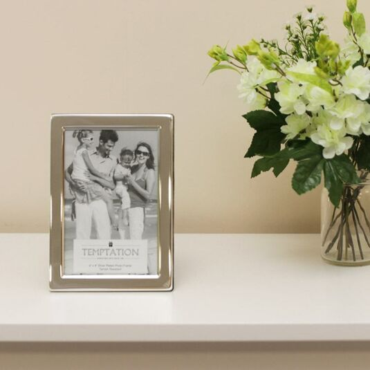 Silver Plated Wide Edge Photo Frame 6x4