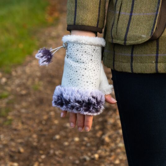 Cream Fingerless Gloves with Silver Gems