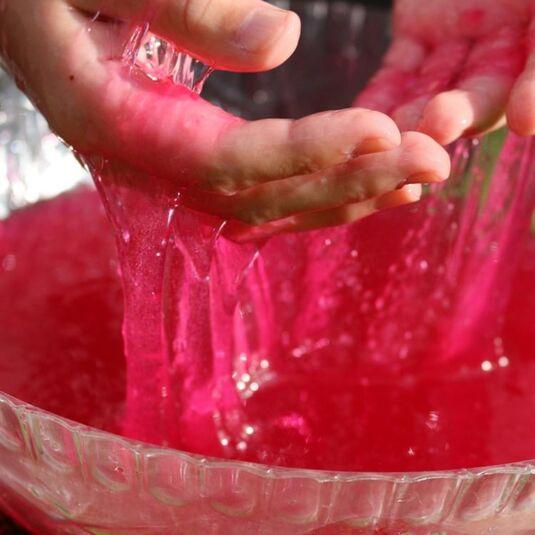 Zimpli Kids Oozy Red Slime Play