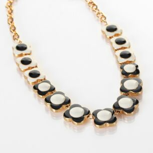 Cream and Black Gold-Plated Flower Spot Necklace