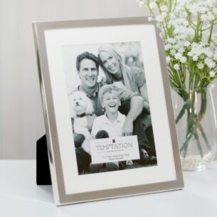 Temptation Silver-Plated Mounted Frame 7x5