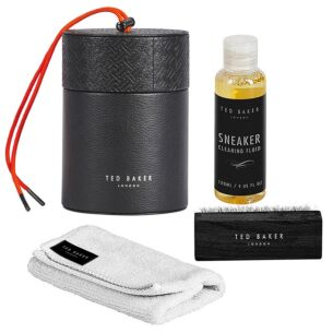 Black T Sneaker Cleaning Kit