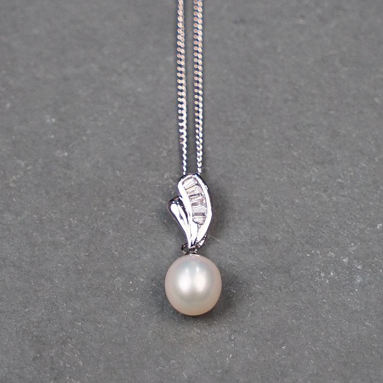 equilibrium platinum plated fresh water pearl necklace