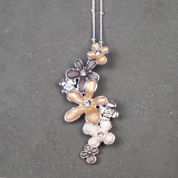 Equilibrium Flowers Cluster Necklace