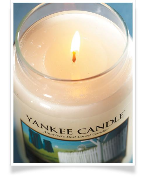 Lit Yankee Candle